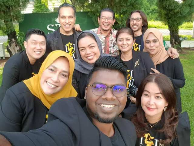 Group Wefie.jpg